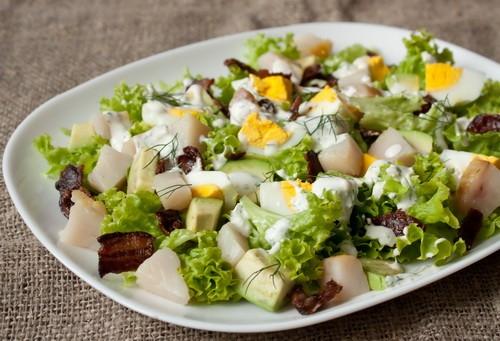 Рецепты салатов с рыбой копченой вкусные